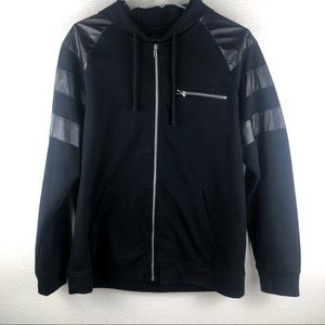 Men's INC black zip up sweater size large 🖤!